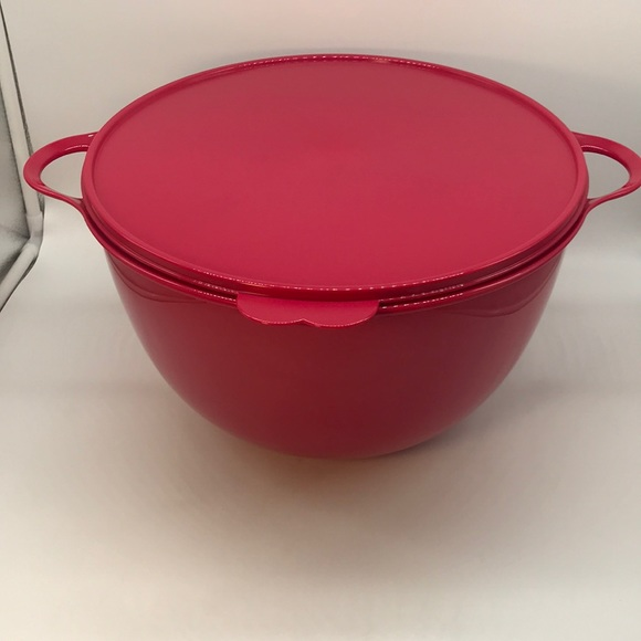 Tupperware Jumbo Bowl 14 Liter